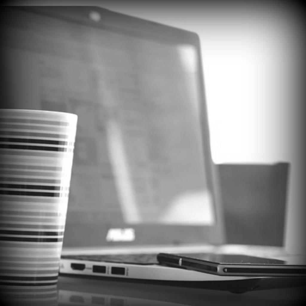 laptop coffee bw
